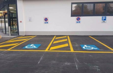 segnaletica parcheggi per disabili