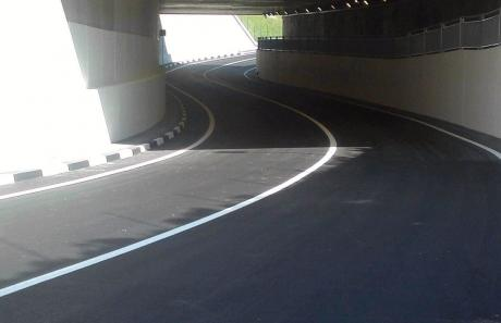 Realizzazione stradale - linea continua